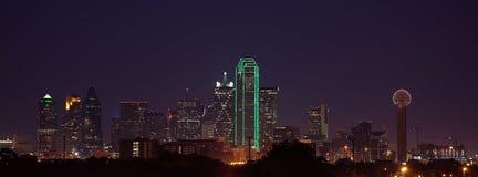 Horizonte de Dallas en la oscuridad Foto de archivo