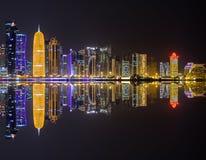 Horizonte de Doha Fotos de archivo libres de regalías
