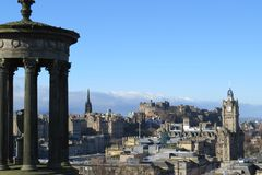 Horizonte de Edimburgo de Carlton Hill imágenes de archivo libres de regalías