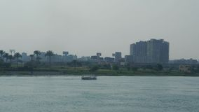 Horizonte de El Cairo de Nile River Egypt metrajes