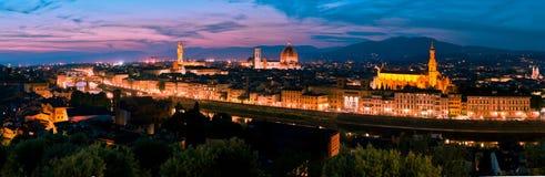 Horizonte de Florencia en la puesta del sol Foto de archivo libre de regalías