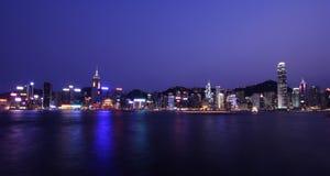 Horizonte de Hong-Kong de Night Imagenes de archivo