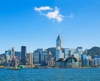 Horizonte de Hong-Kong el día soleado Imágenes de archivo libres de regalías