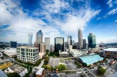 horizonte de la ciudad de Charlotte Carolina del Norte y céntrico Imagen de archivo
