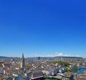 Horizonte de la ciudad de Zurich Imagenes de archivo