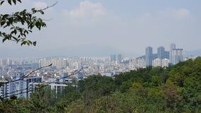 Horizonte de la ciudad en Corea del Sur cerca de Inchon Foto de archivo