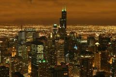Horizonte de la noche de Chicago Imagen de archivo libre de regalías
