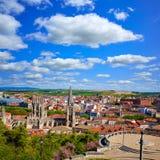 Horizonte de la opinión aérea de Burgos con la catedral en España Fotos de archivo