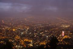 Horizonte de la oscuridad de Bogotá Imagen de archivo libre de regalías