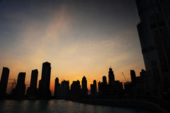 Horizonte de la puesta del sol de Dubai Fotos de archivo