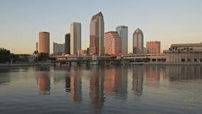 Horizonte de la puesta del sol de Timelapse Tampa