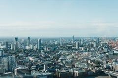 Horizonte de Londres visto de jardín del cielo Imagenes de archivo