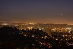 Horizonte de Los Ángeles en la noche Imagen de archivo libre de regalías