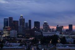 Horizonte de Los Ángeles en la puesta del sol fotografía de archivo