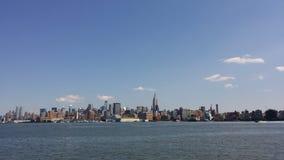 Horizonte de los cielos del cielo de Nueva York del nyc de Ny Foto de archivo libre de regalías