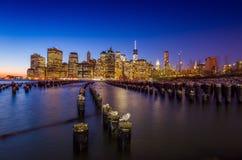 Horizonte de Manhattan con el un World Trade Center que construye en TW Fotografía de archivo libre de regalías