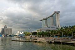 Horizonte de Marina Bay en Singapur imagenes de archivo
