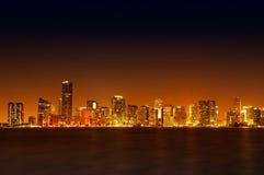 Horizonte de Miami en la noche Imagen de archivo libre de regalías