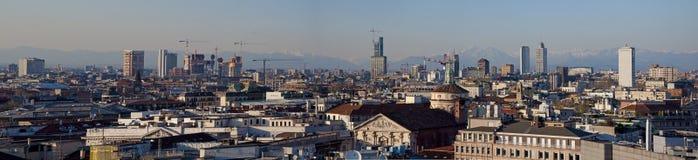 Horizonte de Milano Foto de archivo libre de regalías