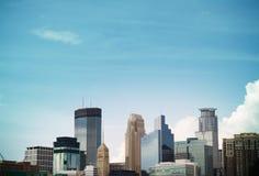 Horizonte de Minneapolis Imagen de archivo libre de regalías