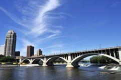Horizonte de Minneapolis Fotografía de archivo libre de regalías