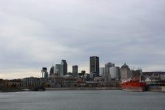 Horizonte de Montreal fotos de archivo