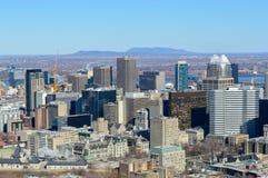 Horizonte de Montreal en invierno Foto de archivo libre de regalías