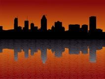 Horizonte de Montreal en la puesta del sol Imágenes de archivo libres de regalías