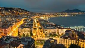 Horizonte de Nápoles, puerto y opinión del volcán de Vesuvio, time lapse almacen de video