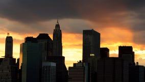 Horizonte de Nueva York en la puesta del sol, los E.E.U.U. Imágenes de archivo libres de regalías