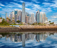 Horizonte de Panama City imagen de archivo