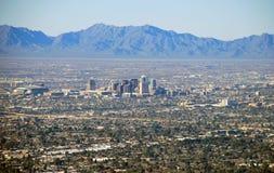 Horizonte de Phoenix: visión desde la montaña de Camelback Fotografía de archivo libre de regalías