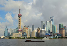 Horizonte de Pudong, Shangai Imagen de archivo libre de regalías