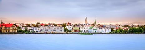 Horizonte de Reykjavik imagen de archivo