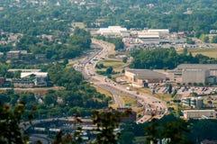 Horizonte de Roanoke Virginia City en un día soleado fotos de archivo libres de regalías