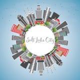 Horizonte de Salt Lake City con Gray Buildings, el cielo azul y el SP de la copia Fotografía de archivo