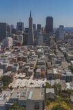 Horizonte de San Francisco c?ntrico imagen de archivo libre de regalías