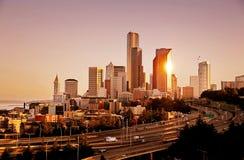 Horizonte de Seattle después de la salida del sol Imagenes de archivo