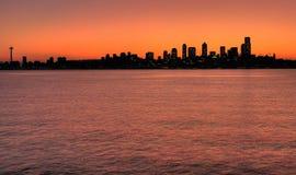 Horizonte de Seattle en el amanecer Imagen de archivo