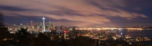Horizonte de Seattle y panorama del sonido de Puget Fotografía de archivo