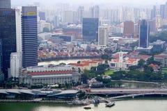 Horizonte de Singapur en la costa Foto de archivo