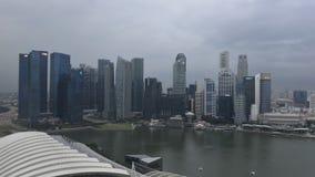 Horizonte de Singapur en la oscuridad Foto de archivo libre de regalías