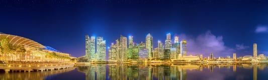 Horizonte de Singapur y opinión Marina Bay Imágenes de archivo libres de regalías
