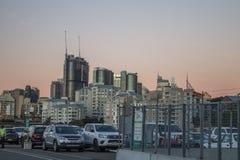 Horizonte de Sydney CBD, opinión de la puesta del sol Fotos de archivo