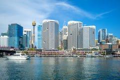 Horizonte de Sydney en el puerto querido, Australia fotos de archivo