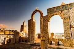 Horizonte de Túnez en el amanecer Fotografía de archivo