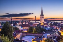 Horizonte de Tallinn Estonia Foto de archivo libre de regalías