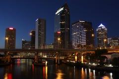 Horizonte de Tampa, la Florida imagen de archivo libre de regalías