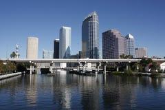 Horizonte de Tampa la Florida imagen de archivo