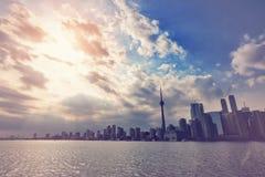 Horizonte de Toronto del lago ontario fotografía de archivo
